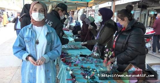 Kadınlar Gününde El Emeklerini Sergilediler