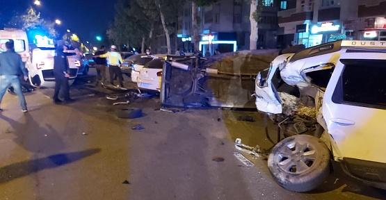 Kahramanmaraş'ta Zincirleme Kaza 4 Yaralı