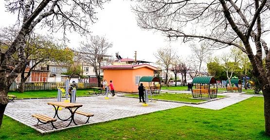 Namık Kemal Parkı Yenilendi