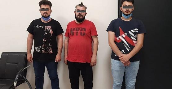 Maaşlı Dolandırıcılar Yakalandı