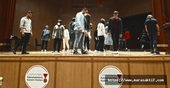 Sahne Maraş'ta Eğitimler Devam Ediyor