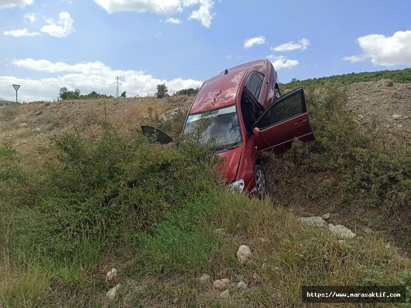 Otomobil Şarampole Düştü 3 Yaralı