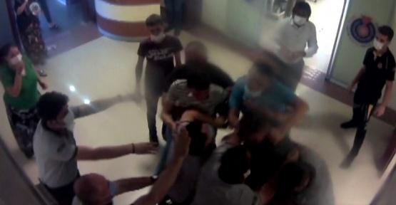 Vefat Haberini Aldılar Güvenlikçileri Dövdüler
