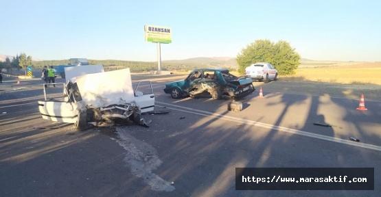 Otomobiller Paramparça Oldu 7 Yaralı