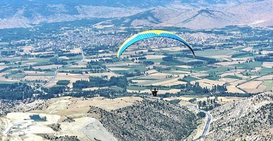 Paraşütçüler Göksun İçin Uçacak