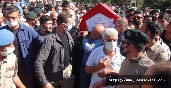Şehit Özel Harekat Polisi Toprağa Verildi