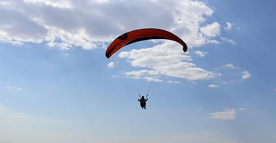 Kardelen Tepesi Paraşütçülerin Yeni Adresi