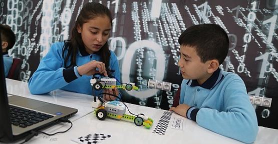 İlk Robotik Kodlama Sınıfı Açıldı