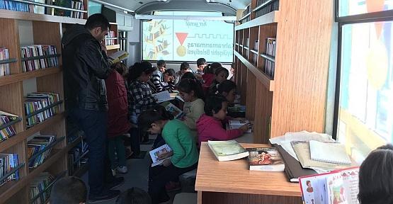 Gezici Kütüphane Çakıroğlu'nda