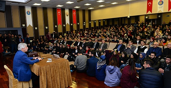 """""""Gönüllerin Sultanı Mevlana"""""""