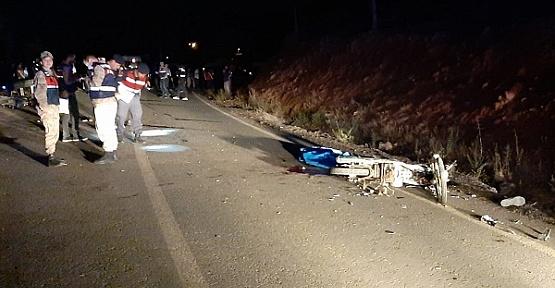 Motosikletler Çarpıştı 2 Kardeş Öldü