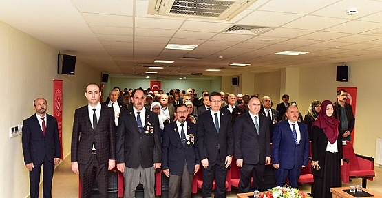 Kıbrıs Gazilerine Madalya ve Berat Verildi