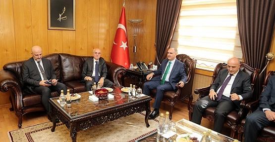 'Türkiye'nin Dağlarında Barınamayacak'
