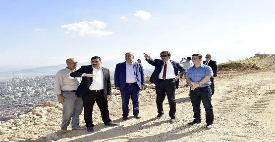 Erkoç, Yıl Sonuna Kadar Sabır İstedi