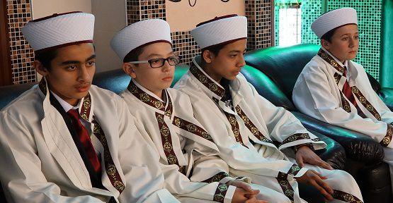 Kur'an Bülbülleri Yılbaşı Gecesinde Şakıdı