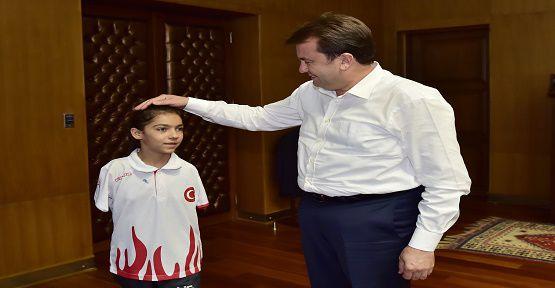Rio'da Türkiye'yi Temsil Edecek