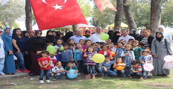 Suriyeli Yetimlerin Güzel Günü