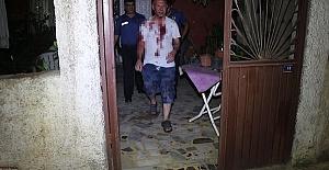 Evinin Önünde Dövdüler