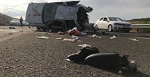 Otomobil Devrildi Karı Koca Öldü