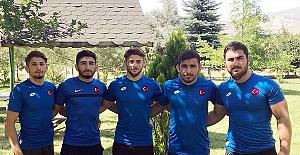 Büyükşehir'den Milli Takıma 5 Güreşçi