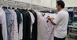 Elbiseler Çiple Takip Ediliyor