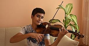 Almanya'da Mozart Ödülünü Aldı