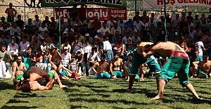 Bertiz Boyalı Kısa Şalvar Güreş Festivali