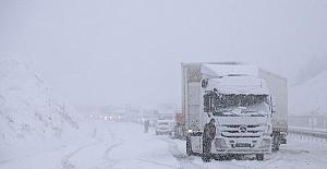 Kahramanmaraşta Kar Yolları Kapattı