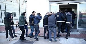 Dokuz Torbacı Tutuklandı