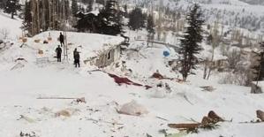 Kahramanmaraş'ta Ev ve Camiye Çığ Düştü