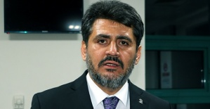 AK Parti Ekibi Kaza Yaptı 4 Yaralı