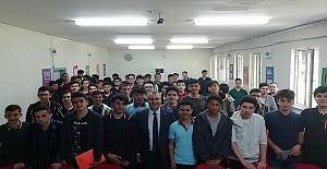 İİBF Liselerde Tanıtıldı