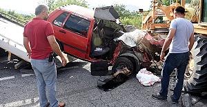 Trafik Kazasında 1 Ölü 2 Yaralı
