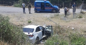 Otomobil Devrildi 3 Ölü 2 Yaralı