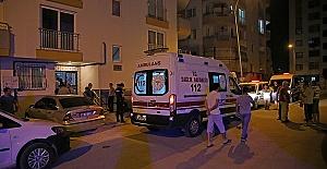 Travestinin Evinde Oğlu Tarafından Bıçaklandı
