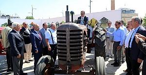 Yarım Asırlık Traktörler Sergiye Çıktı