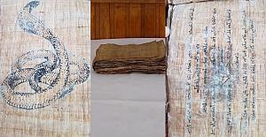 Papirüs Kitap Ele Geçirildi