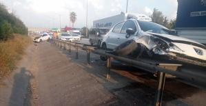 Tırla Çarpıştı Gitti Otomobile Çarptı
