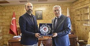 Başkan Türkmen KSÜ'yü Ziyaret Etti