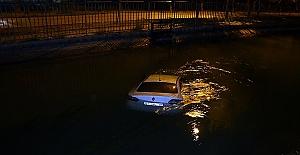 Kiraladığı Aracı Sulama Kanalına Düşürdü
