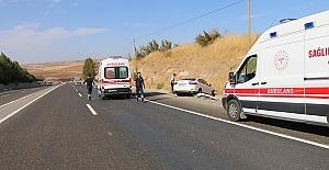 Otomobil Şarampole Düştü 5 Yaralı