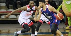 Gaziantep Basketbol: 83 - Anadolu Efes: 88