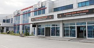 Havalimanını 208 Bin Kişi Kullandı