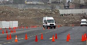 Ambulans Şoförleri Yarıştı