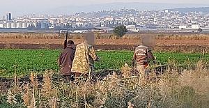 Kaçak Avcılar Ekiplere Saldırdı