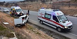Bir Otomobilde 8 Kişi Yaralandı