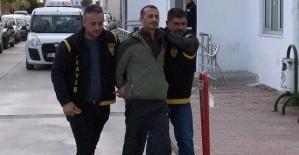 Cezaevi Kaçağı Otobüs Beklerken Yakalandı