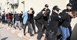 Sahte Döviz Dolandırıcıları Tutuklandı
