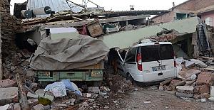 Valilikten Deprem Açıklaması
