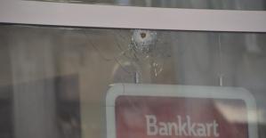 Bankanın Camına Kurşun Değdi